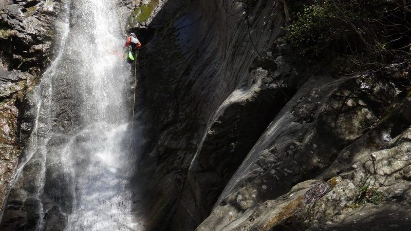 Canyoning aventure des gorges de Taurinya